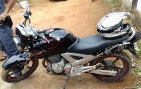 Polícia Militar recupera moto furtada em circo