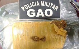 Homem e mulher são presos na rodoviária de Guaçuí por tráfico de drogas