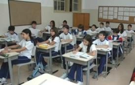 Procon-ES orienta sobre rematrícula escolar