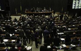 Câmara retoma discussões sobre reformas trabalhista e da Previdência