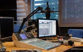 """Já esta no ar a Web Radio """"Portal de Guaçuí"""". Acesse, ouça, comente, compartilhe..."""