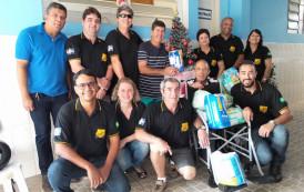 Solidariedade: Fusca Clube Guaçuí faz doações para o Lar dos Idosos