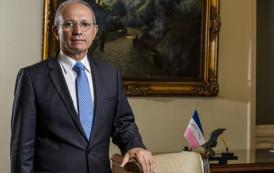 Paulo Hartung, governador do Espírito Santo, decide deixar o PMDB