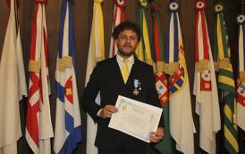 Ex-aluno do curso de Música recebe honraria da Organização das Nações Unidas (ONU)