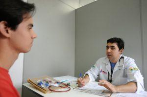 Médicos serão direcionados para 462 municípios.
