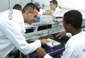 Investimento vai garantir cerca de 500 mil matrículas em todo o país.