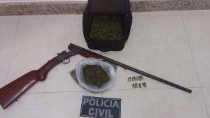 De acordo com a Polícia, a droga encontrada estava in natura.