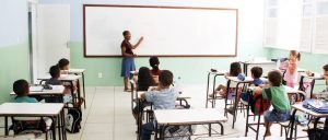 As vagas são para atuar em todas as disciplinas da Educação Infantil e Ensino Fundamental das escolas do município.
