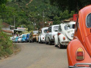 Os participantes do encontro seguiram em fusqueata até a comunidade Oriente.